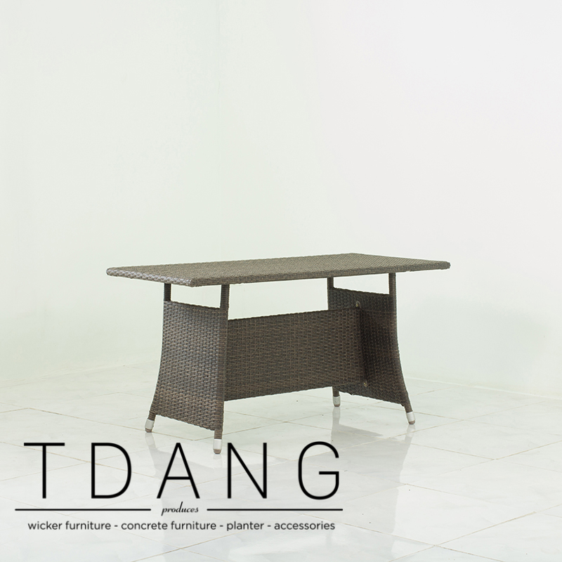 Salinas Wicker Table- TDANG Wicker Furniture