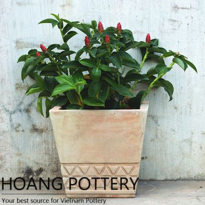 Terracotta Pot with Lattice Pattern (HPTC135)