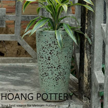 Tall Round Beautiful Rustic Flower Planter (HPHP040)