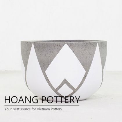Short Round Cement Painting Pots - Crown With Extra Points (HPPC013)